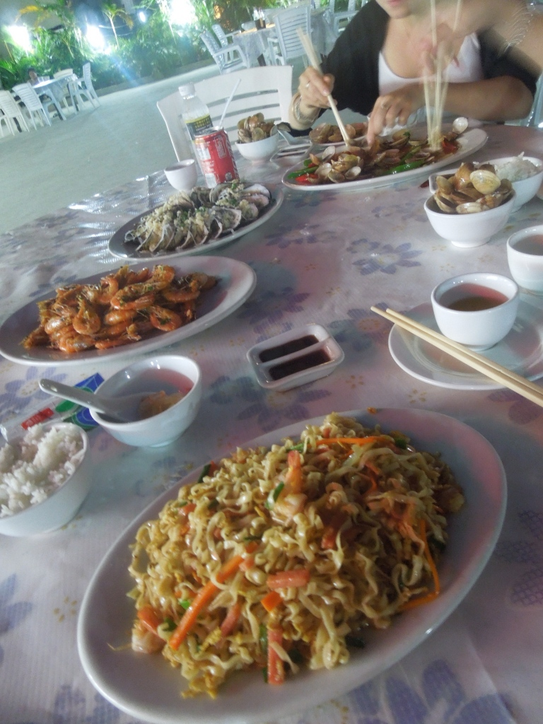 Repas à Wanning, Hainan, Chine