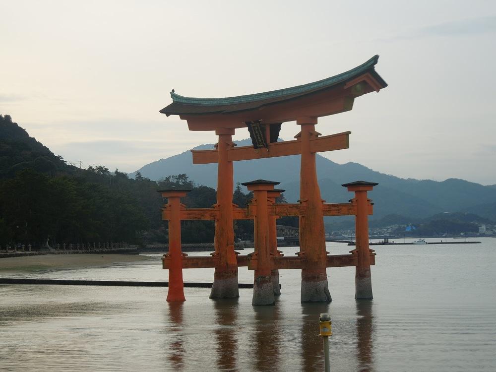 Hiroshima, Miyajima, Sanctuaire Itsukushima-jima torii