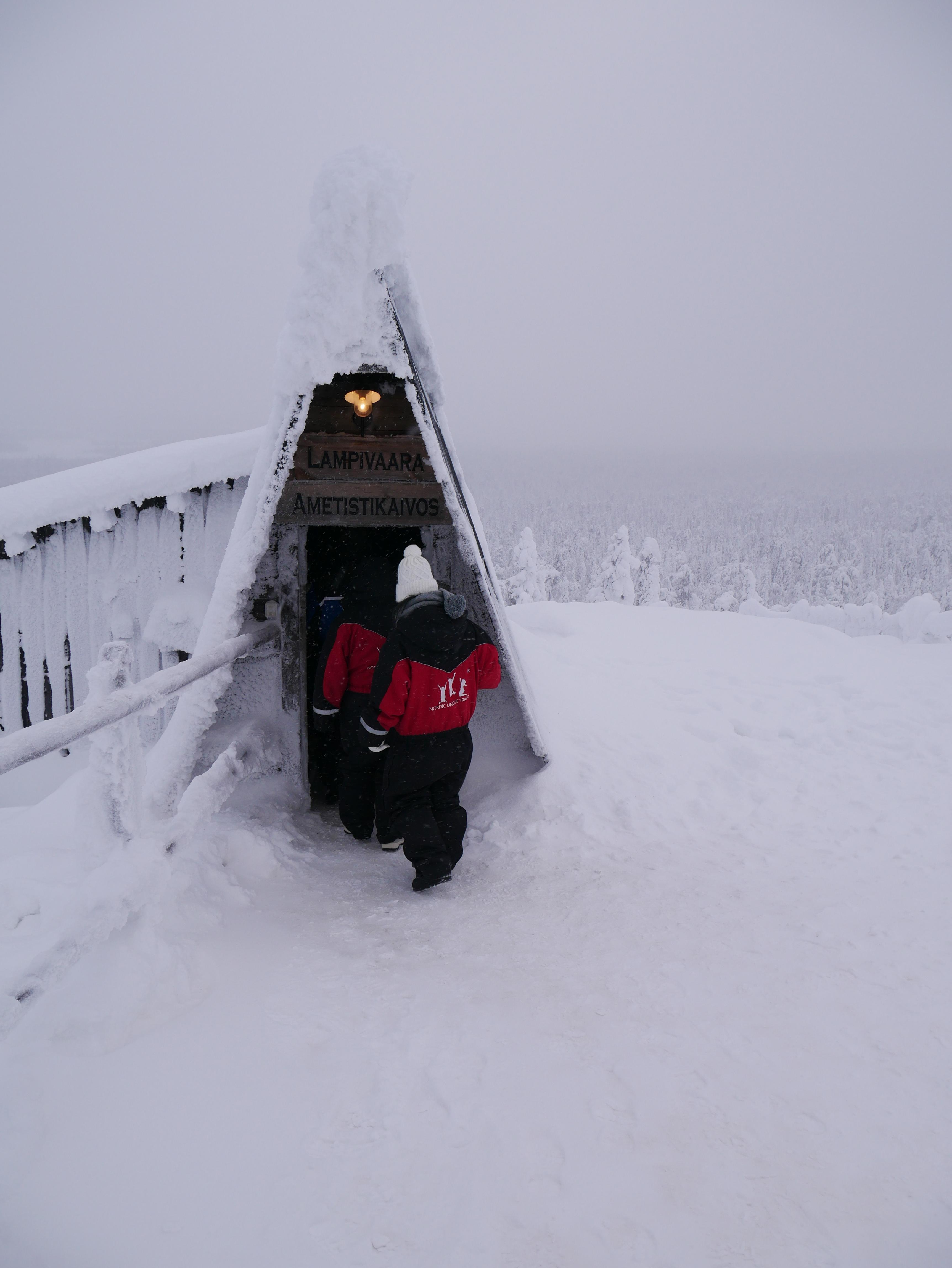 Laponie - L'entrée de la mine d'améthyste