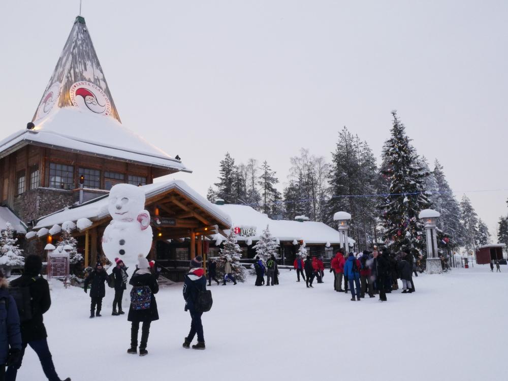 Laponie - Village du Père Noël bonhomme de neige