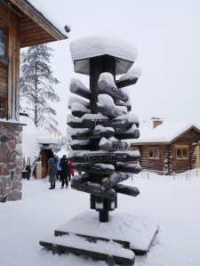 Laponie - Village du Père Noël - Panneau directionnel international