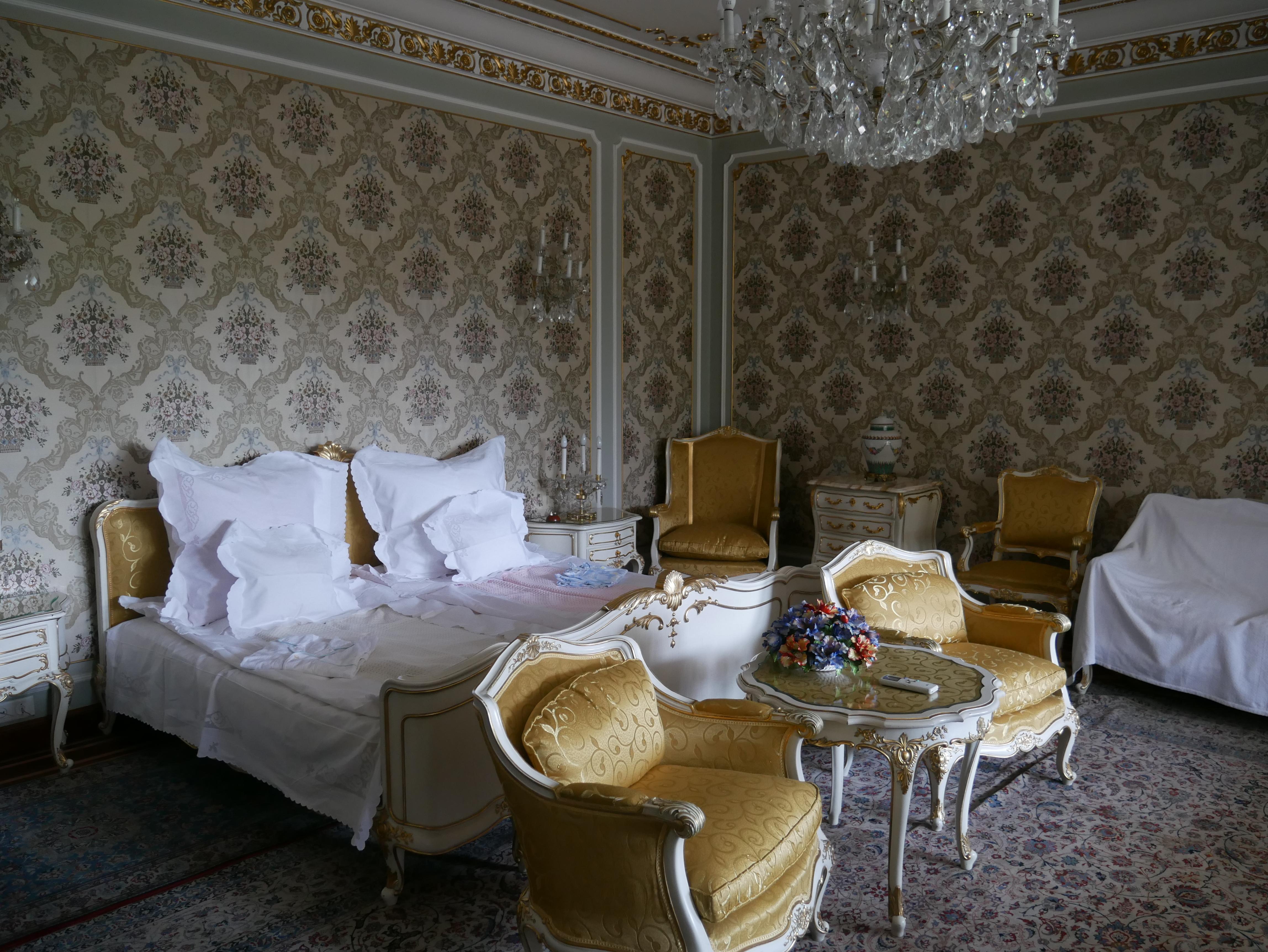 Bucarest - Palais du Printemps - Chambre