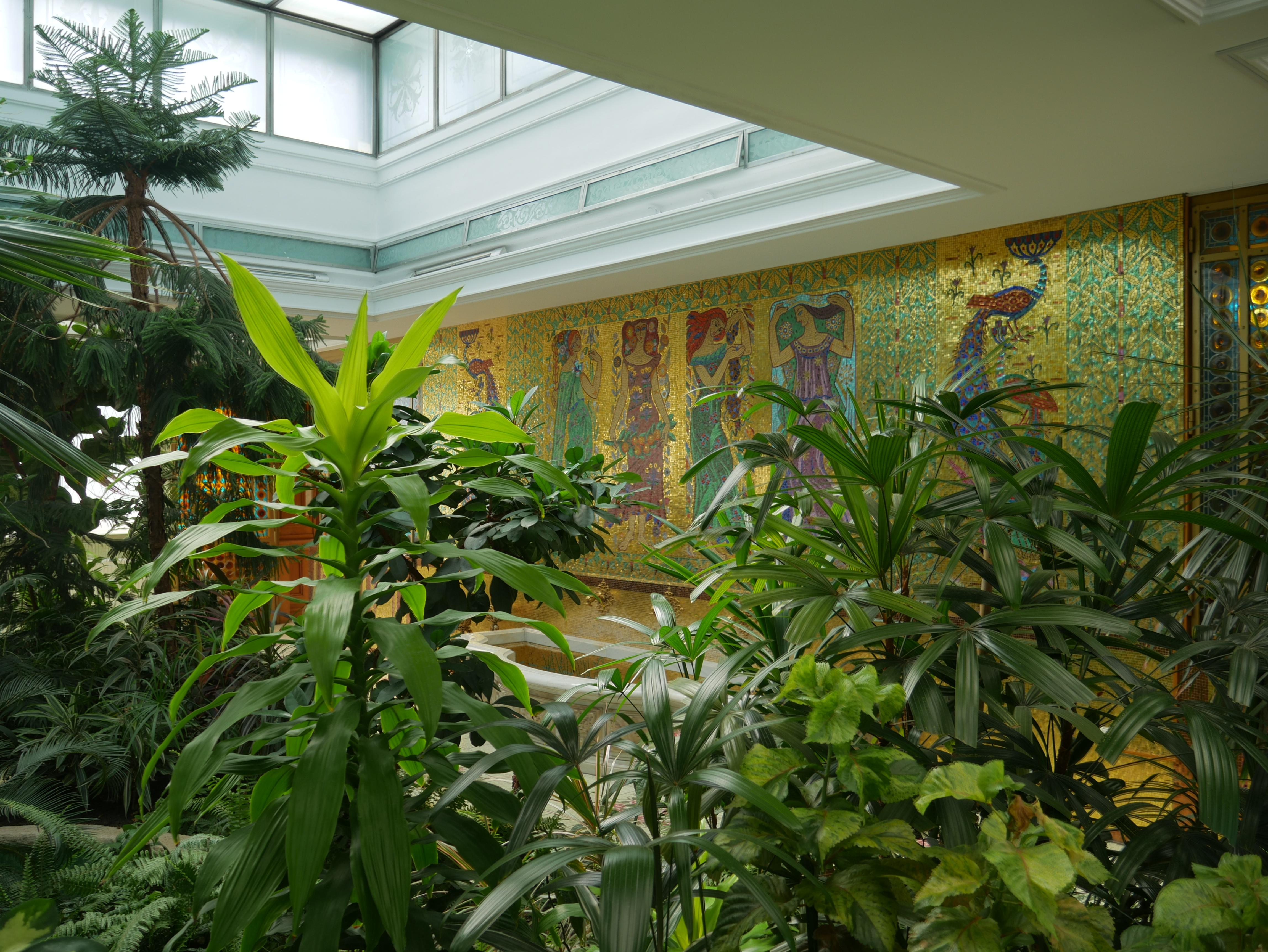 Bucarest - Palais du Printemps - Jardin intérieur