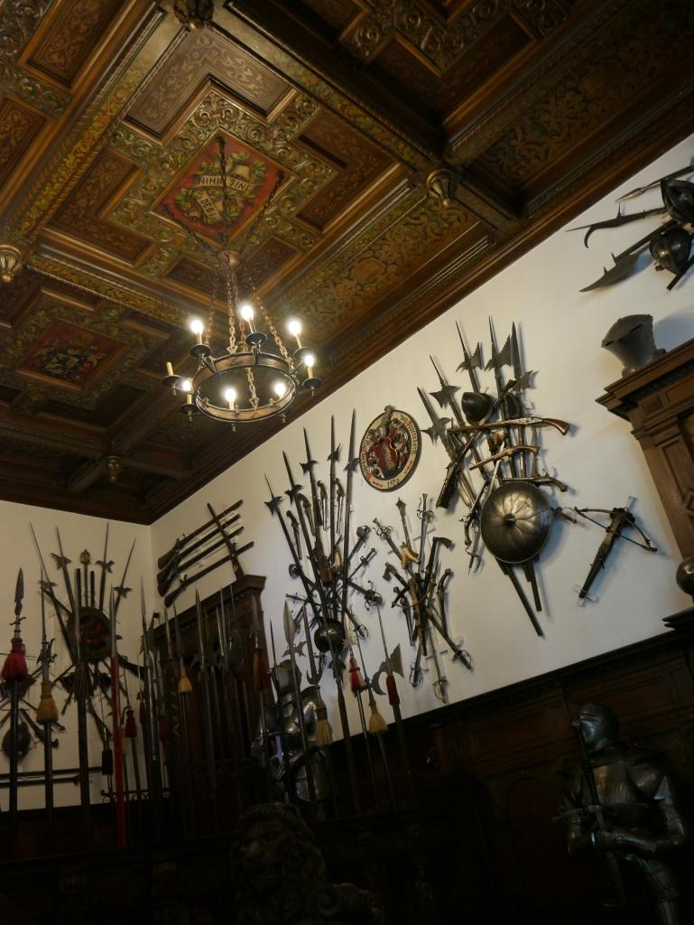 Roumanie - Château de Peles - Salle d'armes